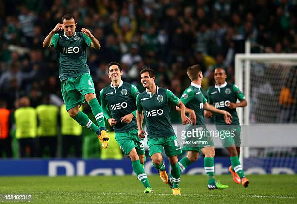 Jefferson of Sporting Lisbon ceelbrates scoring their second goal during the UEFA Champions League Group G match between Sporting Clube de Portugal...