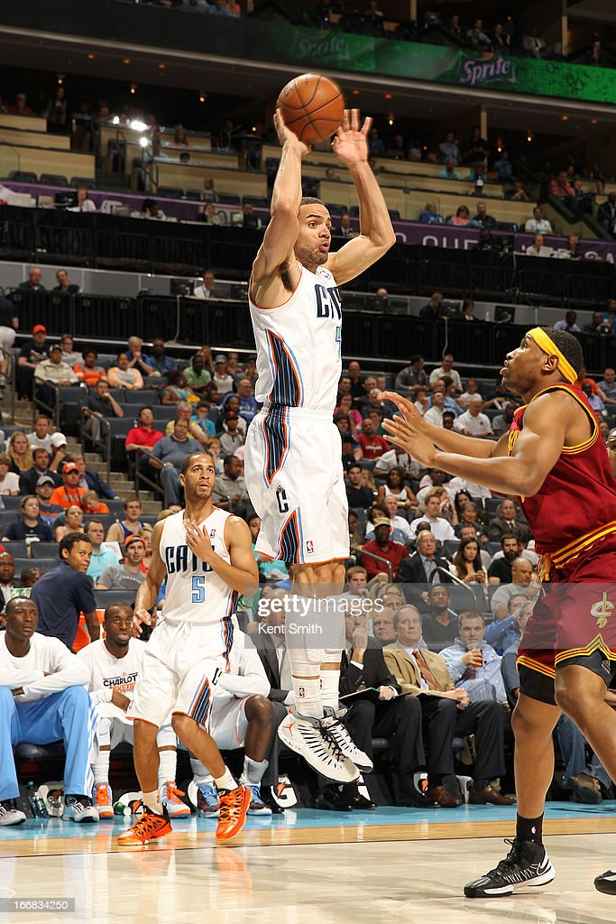 Jeffery Taylor #44 of the Charlotte Bobcats shoots against Kevin Jones #5 of the Cleveland Cavaliers at the Time Warner Cable Arena on April 17, 2013 in Charlotte, North Carolina.