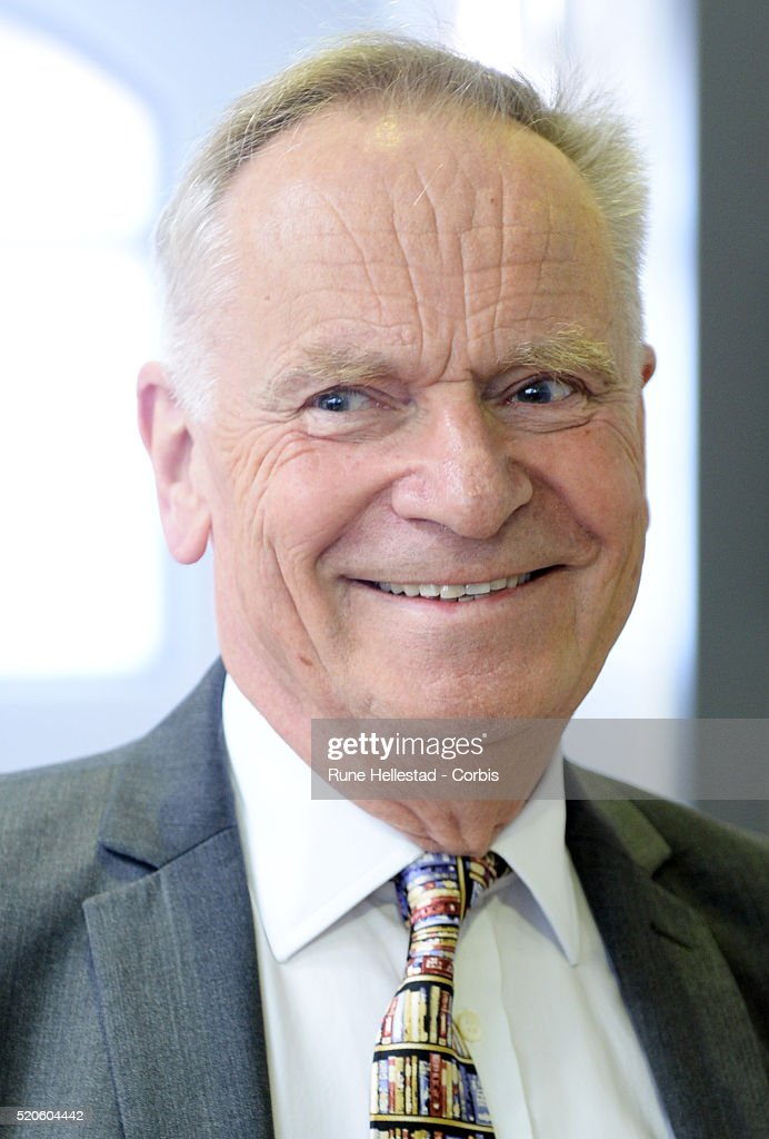 Jeffrey Archer ...