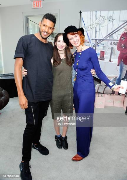 Jeffrey BowyerChapman Genevieve Buechner and Breeda Wool attend Kari Feinstein's Style Lounge presented by Ocean Spray on September 15 2017 in Los...