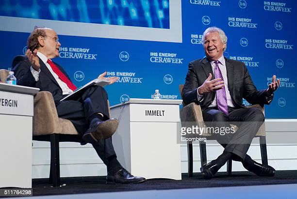 Jeffrey Immelt chairman and chief executive officer of General Electric Co right speaks as Daniel Yergin vice chairman of IHS Cambridge Energy...