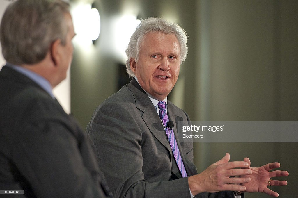 immelt reinventing general electric This case describes how jeff immelt, chairman and ceo of us-based technology giant general electric company (ge) transformed ge into a world leader in clean energy.