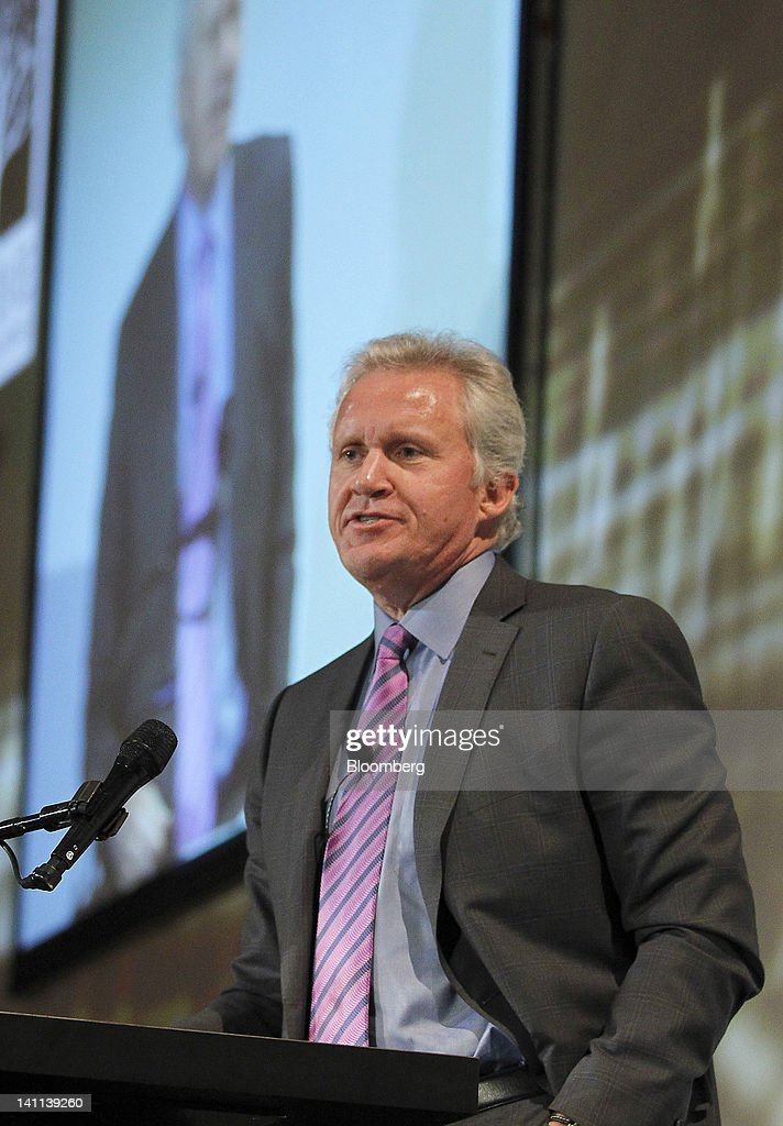 Jeffrey 'Jeff' Immelt, chairman and chief executive officer of General Electric Co. (GE), speaks at the Stanford Institute for Economic Policy Research (SIEPR) 2012 Economic Summit in Stanford, California, U.S., on Friday, March 9, 2012. The Stanford Institute for Economic Policy Research (SIEPR) is a nonpartisan economic policy research organization that unites economic talent from all parts of Stanford University. Photographer: Tony Avelar/Bloomberg via Getty Images