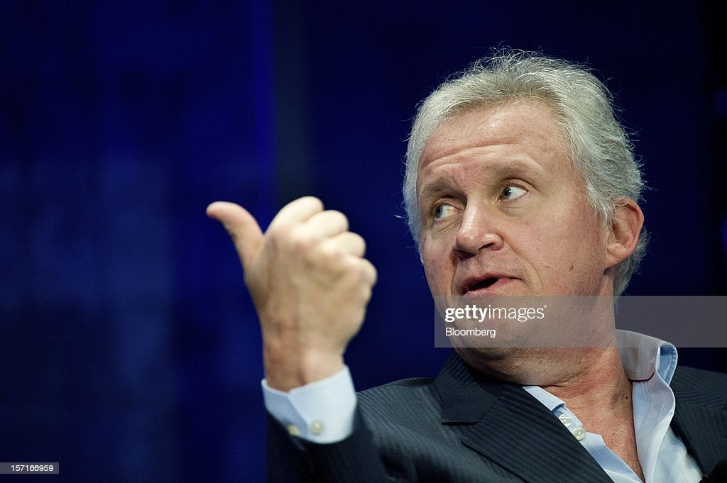 Jeffrey 'Jeff' Immelt, chairman and chief executive officer of General Electric Co. (GE), gestures while speaking at the Minds + Machines 2012: Unleashing the Industrial Internet conference in San Francisco, California, U.S., on Thursday, Nov. 29, 2012. Thought leaders from across business, technology and academia will gather at the Minds + Machines 2012 conference to discuss the power of the Industrial Internet and why it matters. Photographer: David Paul Morris/Bloomberg via Getty Images