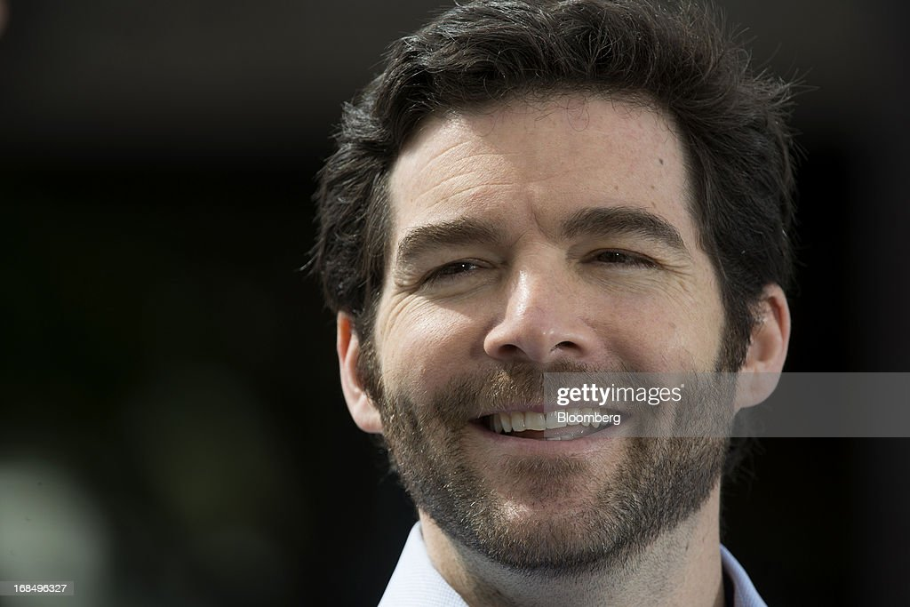 Jeffrey 'Jeff' Weiner, chief executive officer of LinkedIn Corp., smiles during a Bloomberg West television interview outside of the company's headquarters in Mountain View, California, U.S., on Thursday, May 9, 2013. The business-oriented network, which is celebrating its 10th anniversary, reported that revenue for the first-quarter of 2103 was $324.7 million, up from $188.5 million in the first quarter of 2012. Photographer: David Paul Morris/Bloomberg via Getty Images