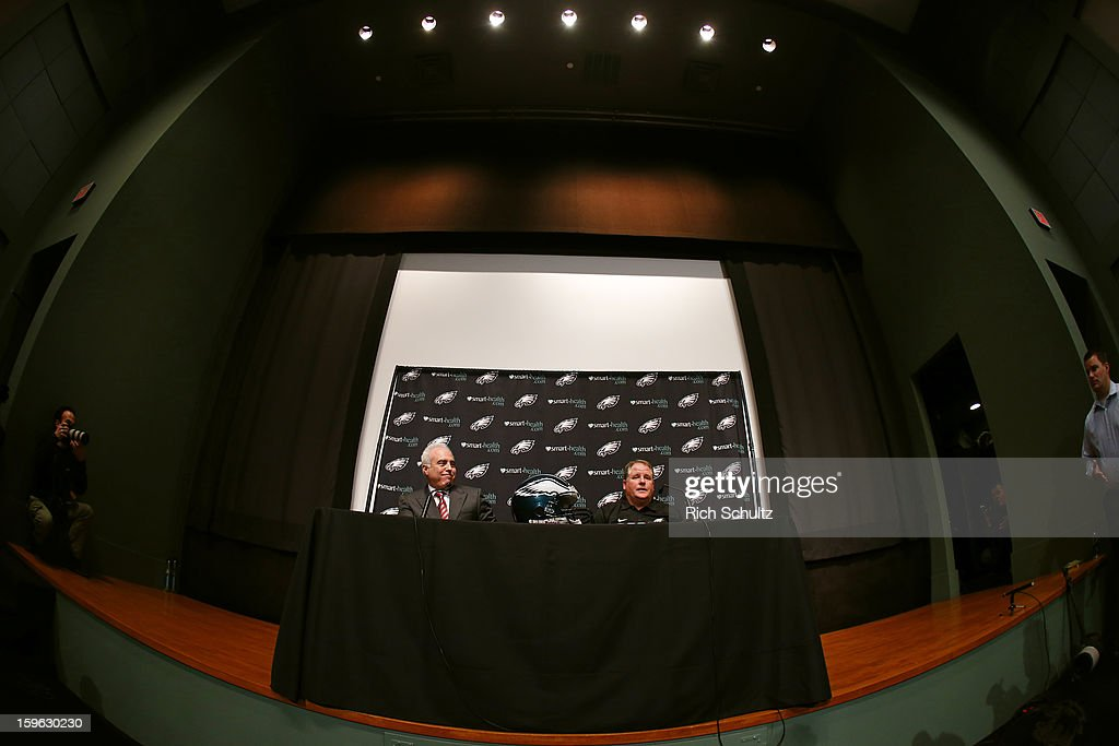 Jeffrey Lurie (L), owner of the Philadelphia Eagles, introduces Chip Kelly as the new head coach during a news conference at the team's NovaCare Complex on January 17, 2013 in Philadelphia, Pennsylvania. The former Oregon coach surprised many after he initially turned down NFL clubs saying he would remain at Oregon.