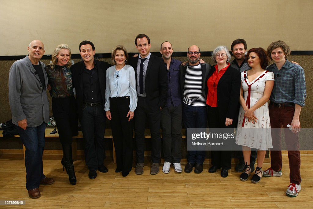 <a gi-track='captionPersonalityLinkClicked' href=/galleries/search?phrase=Jeffrey+Tambor&family=editorial&specificpeople=210677 ng-click='$event.stopPropagation()'>Jeffrey Tambor</a>, Portia De Rossi, <a gi-track='captionPersonalityLinkClicked' href=/galleries/search?phrase=Mitchell+Hurwitz&family=editorial&specificpeople=240567 ng-click='$event.stopPropagation()'>Mitchell Hurwitz</a>, <a gi-track='captionPersonalityLinkClicked' href=/galleries/search?phrase=Jessica+Walter&family=editorial&specificpeople=220269 ng-click='$event.stopPropagation()'>Jessica Walter</a>, <a gi-track='captionPersonalityLinkClicked' href=/galleries/search?phrase=Will+Arnett&family=editorial&specificpeople=209259 ng-click='$event.stopPropagation()'>Will Arnett</a>, <a gi-track='captionPersonalityLinkClicked' href=/galleries/search?phrase=Tony+Hale&family=editorial&specificpeople=745565 ng-click='$event.stopPropagation()'>Tony Hale</a>, David Cross, Nancy Franklin, <a gi-track='captionPersonalityLinkClicked' href=/galleries/search?phrase=Jason+Bateman&family=editorial&specificpeople=204774 ng-click='$event.stopPropagation()'>Jason Bateman</a>, <a gi-track='captionPersonalityLinkClicked' href=/galleries/search?phrase=Michael+Cera&family=editorial&specificpeople=226654 ng-click='$event.stopPropagation()'>Michael Cera</a> and <a gi-track='captionPersonalityLinkClicked' href=/galleries/search?phrase=Alia+Shawkat&family=editorial&specificpeople=206872 ng-click='$event.stopPropagation()'>Alia Shawkat</a> attend The 2011 New Yorker Festival: 'Arrested Development' Panel at Acura at SIR Stage37 on October 2, 2011 in New York City.
