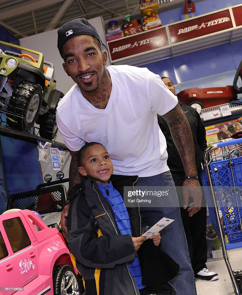 jeinnasea sanders age 6 thanked j r smith for a 125 gift card
