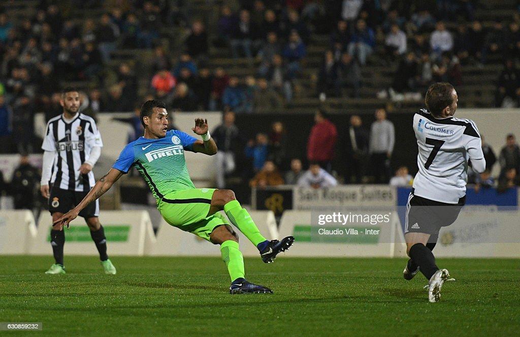 Jeison Murillo of FC Internazionale scores the second goal during the friendly match at Estadio Municipal de La Linea de la Conception on January 3, 2017 in Cadiz, Spain.