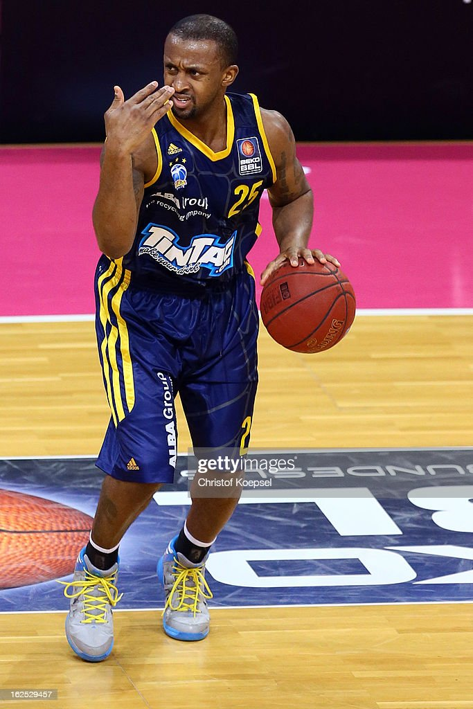 <a gi-track='captionPersonalityLinkClicked' href=/galleries/search?phrase=Je%27Kel+Foster&family=editorial&specificpeople=812083 ng-click='$event.stopPropagation()'>Je'Kel Foster</a> of Alba Berlin leads the ball during the Beko BBL Basketball Bundesliga match between Telekom Baskets Bonn and Alba Berlin at Telekom Dome on February 24, 2013 in Bonn, Germany.