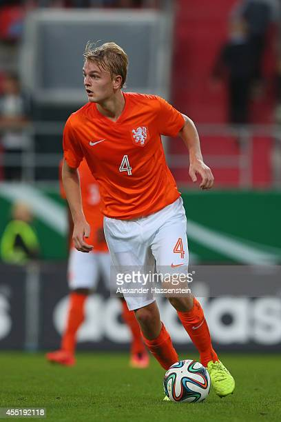 Jelle de Lange of Netherland runs with the ball during the KOMM MIT tournament match between U17 Germany and U17 Netherlands at Audi Sportpark on...