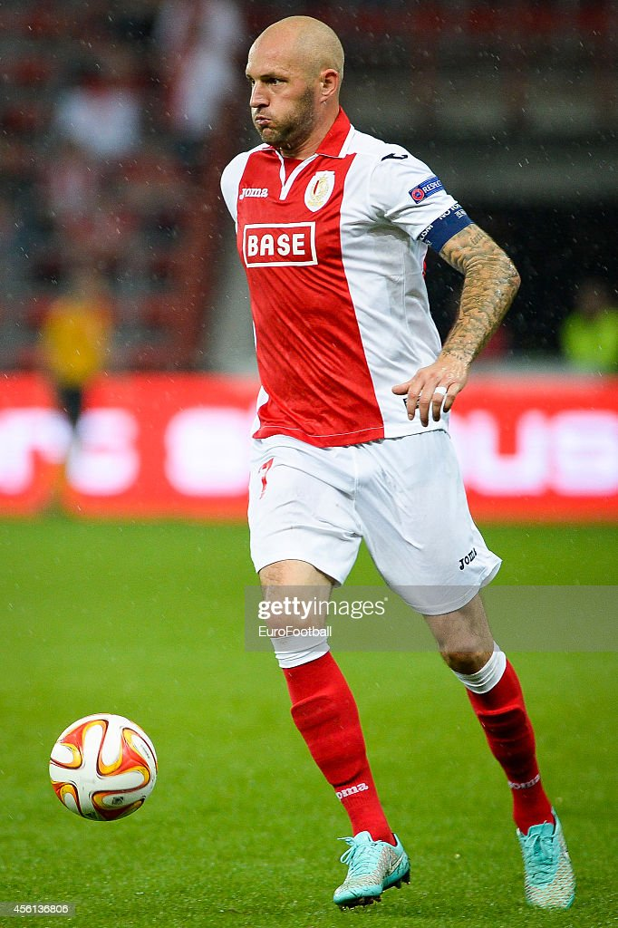 <a gi-track='captionPersonalityLinkClicked' href=/galleries/search?phrase=Jelle+Van+Damme&family=editorial&specificpeople=645752 ng-click='$event.stopPropagation()'>Jelle Van Damme</a> of Standard de Liege in action during the UEFA Europa League Group G match between R. Standard de Liege and HNK Rijeka at the Stade Maurice Dufrasne on September 18,2014 in Liege,Belgium.