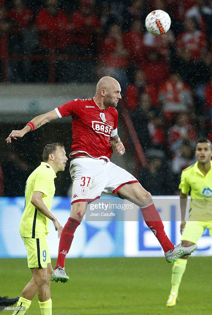 <a gi-track='captionPersonalityLinkClicked' href=/galleries/search?phrase=Jelle+Van+Damme&family=editorial&specificpeople=645752 ng-click='$event.stopPropagation()'>Jelle Van Damme</a> of Standard de Liege in action during the UEFA Europa League play off round 2nd leg between Standard Liege and Molde FK at Stade Maurice Dufrasne, aka Stade de Sclessin on August 27, 2015 in Liege, Belgium.