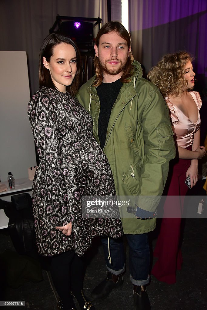 <a gi-track='captionPersonalityLinkClicked' href=/galleries/search?phrase=Jena+Malone&family=editorial&specificpeople=216548 ng-click='$event.stopPropagation()'>Jena Malone</a> and Ethan DeLorenzo attend the Jill Stuart Fall 2016 show during New York Fashion Week at Industria Superstudio on February 13, 2016 in New York City.