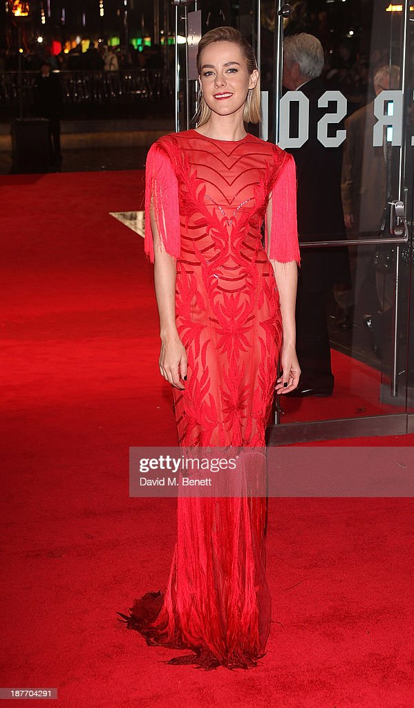 <a gi-track='captionPersonalityLinkClicked' href=/galleries/search?phrase=Jena+Malone&family=editorial&specificpeople=216548 ng-click='$event.stopPropagation()'>Jena Malone</a> attends the UK Premiere of 'The Hunger Games: Catching Fire' at Odeon Leicester Square on November 11, 2013 in London, England.
