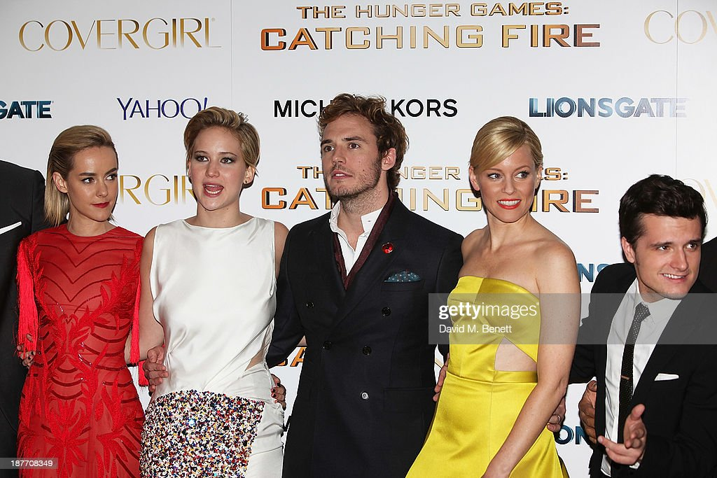 Jena Malone, Jennifer Lawrence, Sam Claflin, Elizabeth Banks and Josh Hutcherson attend the UK Premiere of 'The Hunger Games: Catching Fire' at Odeon Leicester Square on November 11, 2013 in London, England.