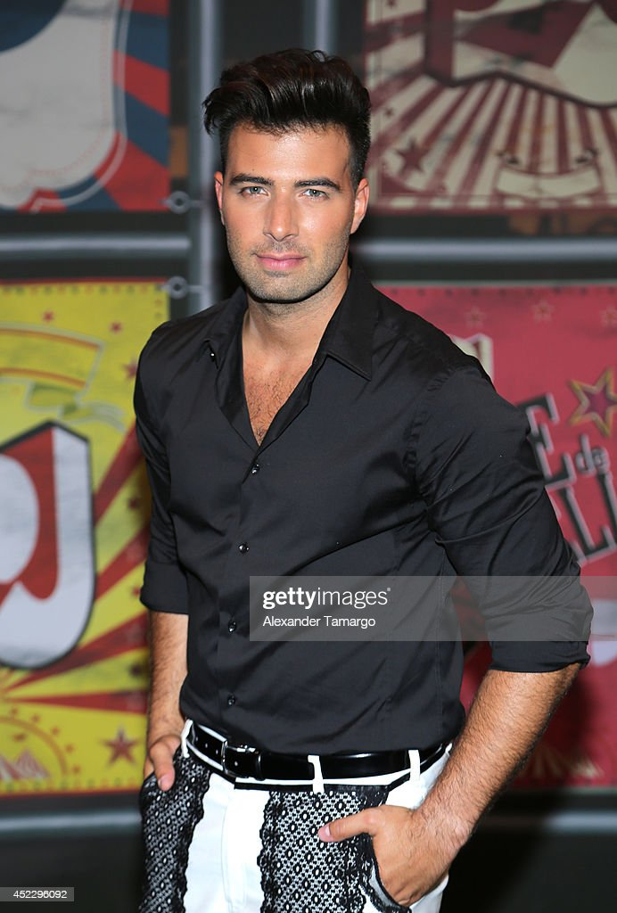 Jencarlos Canela attends the Premios Juventud 2014 at The BankUnited Center on July 17, 2014 in Coral Gables, Florida.