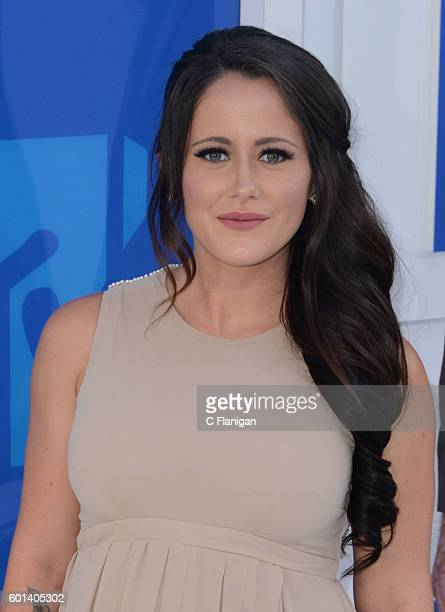 Jenelle Evans arrives at the 2016 MTV Video Music Awards at Madison Square Garden on August 28 2016 in New York City