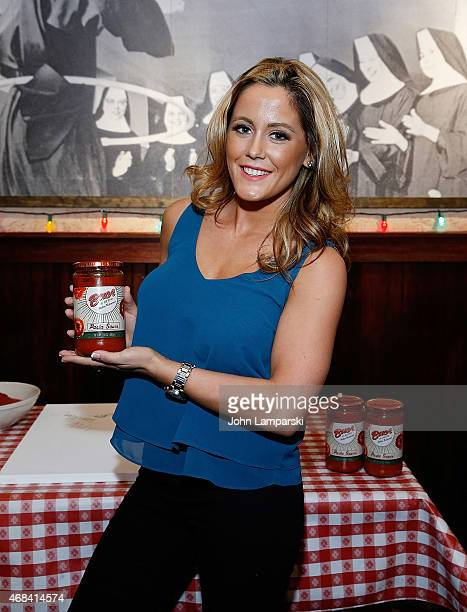 Jenelle Evans visits Buca di Beppo on April 2 2015 in New York City