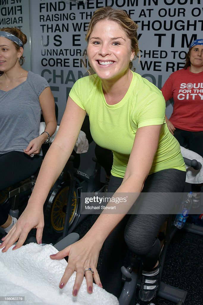 Jenna Bush attends SoulCycle's Soul Relief Rides at SoulCycle Tribeca on November 11, 2012 in New York City.