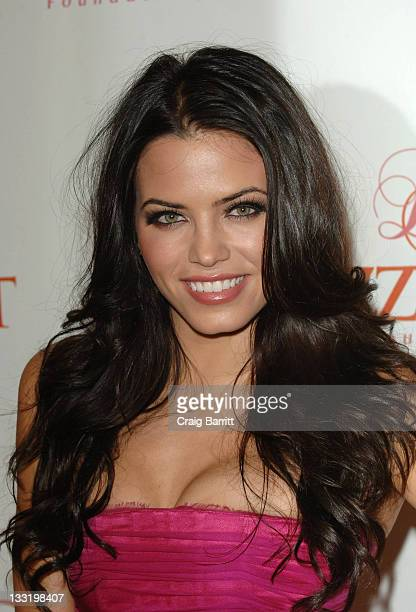 Jenna Dewan arrives at the Dizzy Feet Foundation's Inaugural Celebration Of Dance at the Kodak Theatre on November 29 2009 in Hollywood California