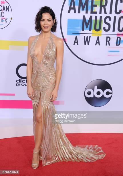 Jenna Dewan Tatum arrives at the 2017 American Music Awards at Microsoft Theater on November 19 2017 in Los Angeles California