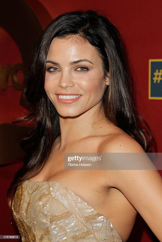 Jenna Dewan Tatum attends the QVC 5th annual red carpet style event at The Four Seasons Hotel on February 28, 2014 in Beverly Hills, California.