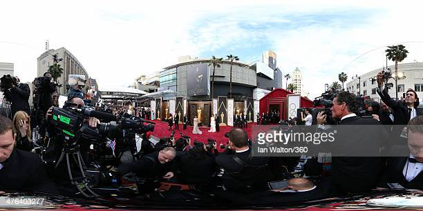 Jenna DewanTatum Corinne Foxx and Jamie Foxx arrive at the 86th Annual Academy Awards at the Hollywood Highland Center on March 2 2014 in Hollywood...