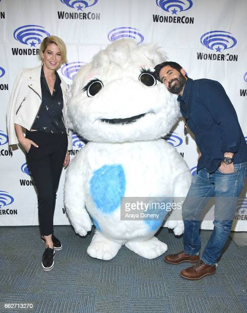 Jenna Elfman and Stephen Schneider attend the 'Imaginary Mary' panel at WonderCon 2017 Day 1 at Anaheim Convention Center on March 31 2017 in Anaheim...