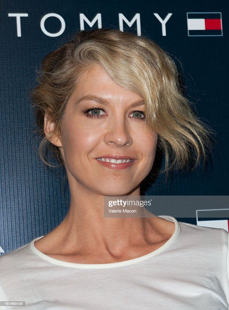 Jenna Elfman arrives at the Tommy Hilfiger LA Flagship Opening on February 13, 2013 in Los Angeles, California.