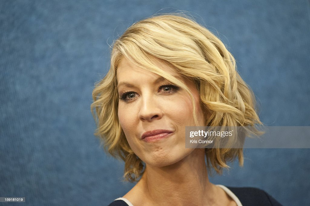 Jenna Elfman speaks during the National Press Club Presents: In Discussion With The Cast Pf '1600 Penn' at The National Press Club on January 9, 2013 in Washington, DC.