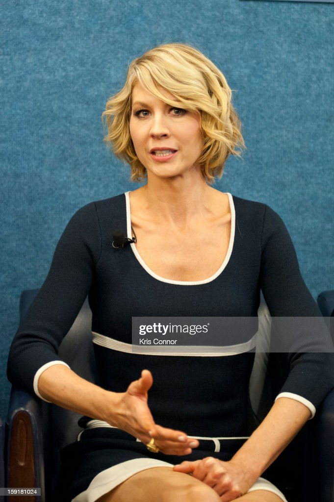 <a gi-track='captionPersonalityLinkClicked' href=/galleries/search?phrase=Jenna+Elfman&family=editorial&specificpeople=204782 ng-click='$event.stopPropagation()'>Jenna Elfman</a> speaks during the National Press Club Presents: In Discussion With The Cast Pf '1600 Penn' at The National Press Club on January 9, 2013 in Washington, DC.