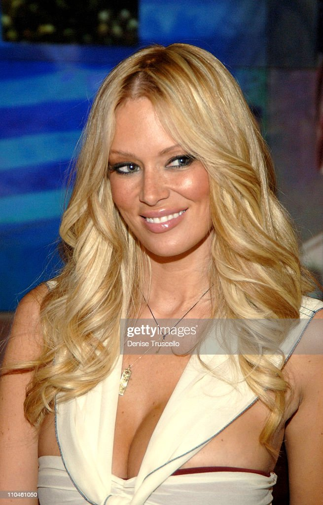 Jenna Jameson, First Adult Film Star Immortalized at Madame Tussauds - Las Vegas