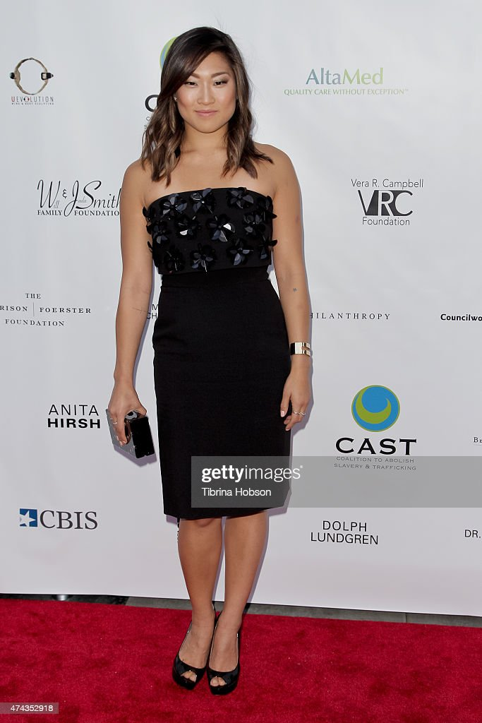 Jenna Ushkowitz attends the 17th annual CAST from slavery to freedom gala May 21, 2015 in Los Angeles, California.