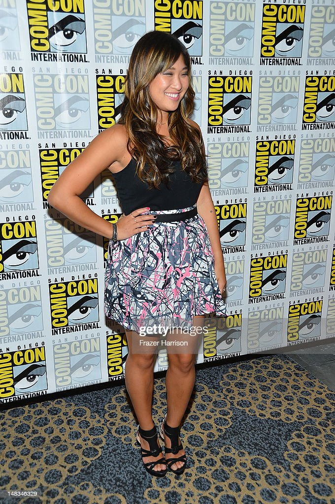 <a gi-track='captionPersonalityLinkClicked' href=/galleries/search?phrase=Jenna+Ushkowitz&family=editorial&specificpeople=4863323 ng-click='$event.stopPropagation()'>Jenna Ushkowitz</a> attends the 'GLEE' Press Room during Comic-Con International 2012 held at the Hilton San Diego Bayfront Hotel on July 14, 2012 in San Diego, California.