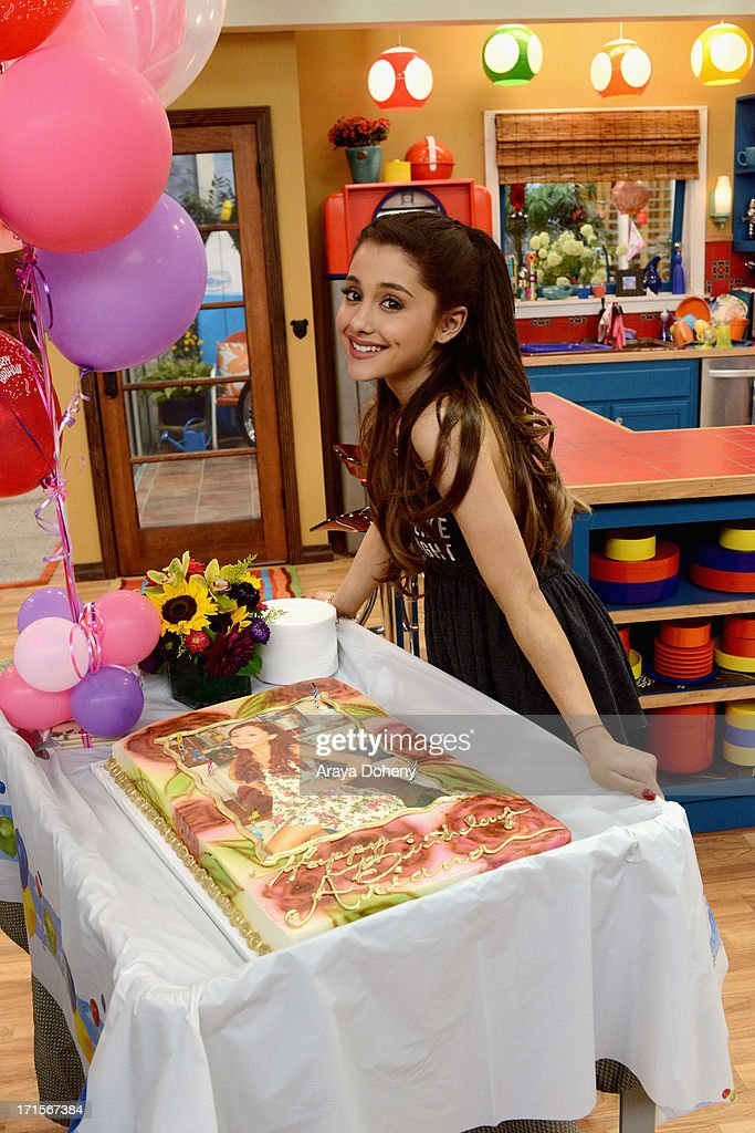 Jennette McCurdy and <a gi-track='captionPersonalityLinkClicked' href=/galleries/search?phrase=Ariana+Grande&family=editorial&specificpeople=5586219 ng-click='$event.stopPropagation()'>Ariana Grande</a> celebrated their birthdays on the set of Nickelodeon's Sam & Cat, starring Jennette McCurdy and <a gi-track='captionPersonalityLinkClicked' href=/galleries/search?phrase=Ariana+Grande&family=editorial&specificpeople=5586219 ng-click='$event.stopPropagation()'>Ariana Grande</a> on June 26, 2013 in Los Angeles, California.