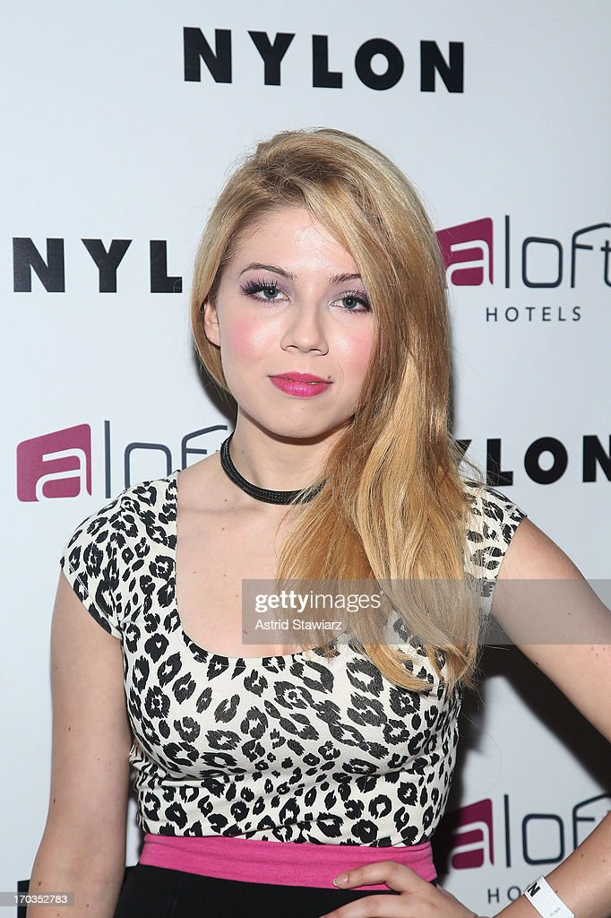 <a gi-track='captionPersonalityLinkClicked' href=/galleries/search?phrase=Jennette+McCurdy&family=editorial&specificpeople=2851877 ng-click='$event.stopPropagation()'>Jennette McCurdy</a> attends as NYLON and Aloft Hotels Celebrate The June/July Music Issue With Avril Lavigne at the Highline Ballroom on June 11, 2013 in New York City.