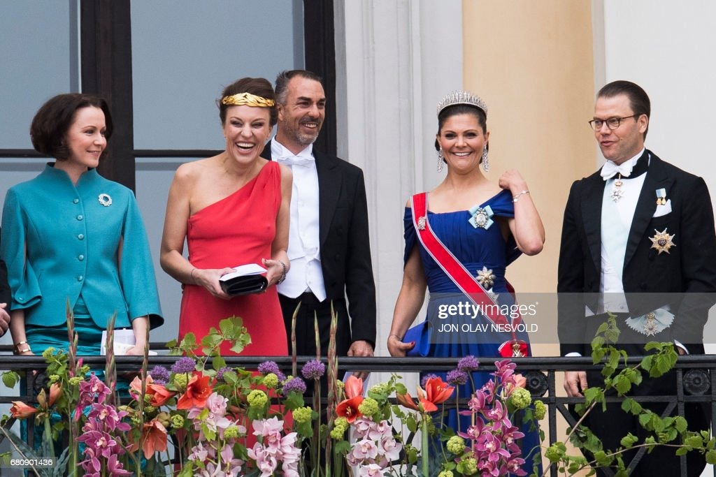 Jenni Haukio, Desiree Kogevinas, Carlos Eugster, Crown Princess Victoria and prince Daniel of Sweden greet wellwishers from the balcony of the Royal Palace in Oslo, Norway on May 9, 2017 to mark the 80th Birthday of the King and Queen. Scanpix / Jon Olav Nesvold / Norway OUT
