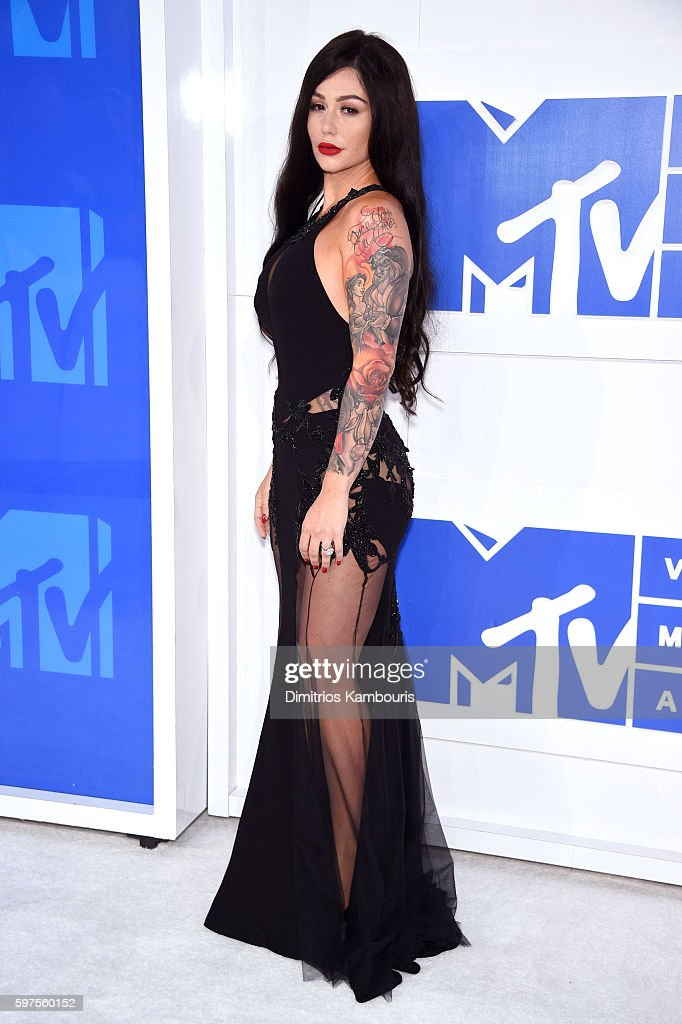 Jenni 'JWoww' Farley attends the 2016 MTV Video Music Awards at Madison Square Garden on August 28 2016 in New York City