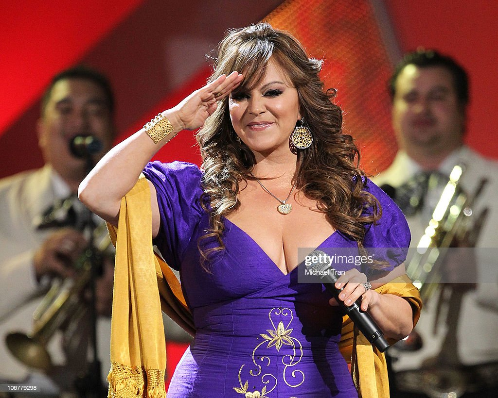 <a gi-track='captionPersonalityLinkClicked' href=/galleries/search?phrase=Jenni+Rivera&family=editorial&specificpeople=666166 ng-click='$event.stopPropagation()'>Jenni Rivera</a> performs onstage at the 11th Annual Latin Grammy Awards at Mandalay Bay Events Center on November 11, 2010 in Las Vegas, Nevada.