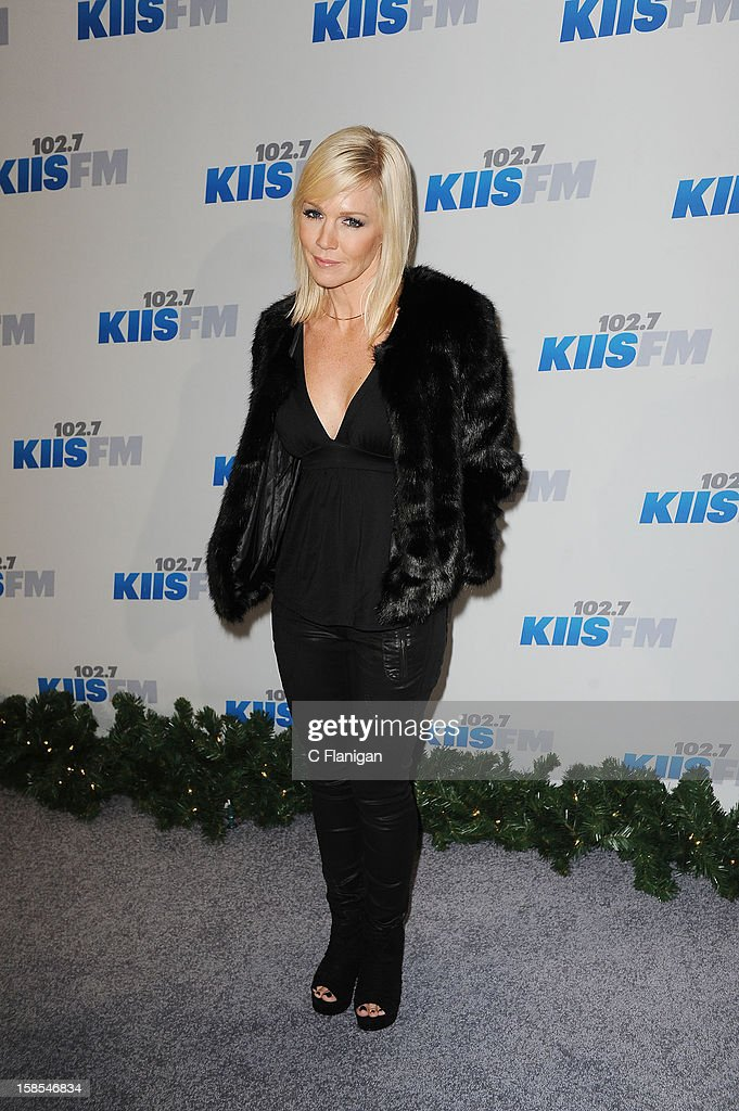 <a gi-track='captionPersonalityLinkClicked' href=/galleries/search?phrase=Jennie+Garth&family=editorial&specificpeople=210841 ng-click='$event.stopPropagation()'>Jennie Garth</a> arrives at the 2012 KIIS FM Jingle Ball at Nokia Theatre LA Live on December 1, 2012 in Los Angeles, California.