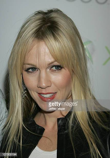 Jennie Garth during Snoop Dogg Fergie and Wilmer Valderrama Host Exclusive Xbox 360 Launch Party Arrivals at Private Home in Beverly Hills in Beverly...