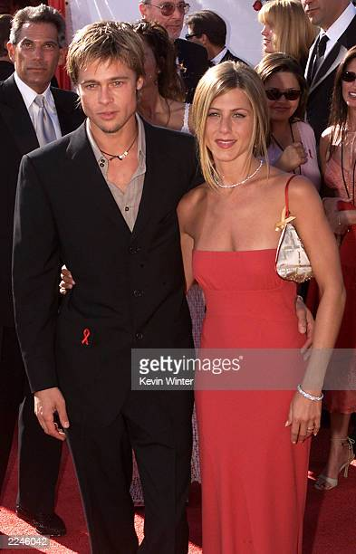 Jennifer Aniston and Brad Pitt arrive at the 52nd Annual Primetime Emmy Awards at the Shrine Auditorium in Los Angeles 9/10/00Photo Kevin...