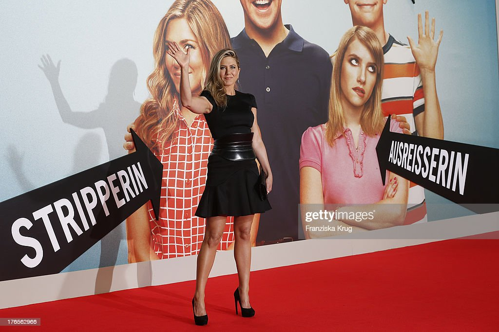 <a gi-track='captionPersonalityLinkClicked' href=/galleries/search?phrase=Jennifer+Aniston&family=editorial&specificpeople=202048 ng-click='$event.stopPropagation()'>Jennifer Aniston</a> attends the 'We're The Millers' (Wir sind die Millers) Germany Premiere at Cinestar on August 15, 2013 in Berlin, Germany.