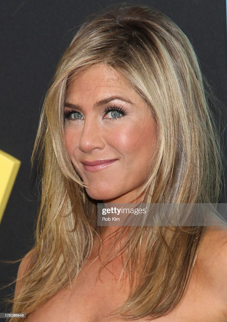 Jennifer Aniston attends the 'We're The Millers' New York Premiere at Ziegfeld Theater on August 1, 2013 in New York City.