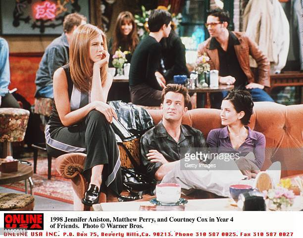 Jennifer Aniston Matthew Perry and Courteney Cox in Year 4 of Friends