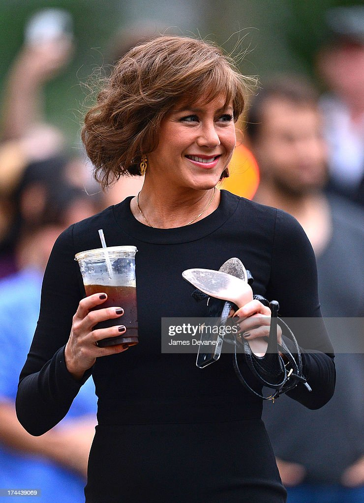 <a gi-track='captionPersonalityLinkClicked' href=/galleries/search?phrase=Jennifer+Aniston&family=editorial&specificpeople=202048 ng-click='$event.stopPropagation()'>Jennifer Aniston</a> seen on the set of 'Squirrels to the Nuts' on July 25, 2013 in Astoria, Queens.