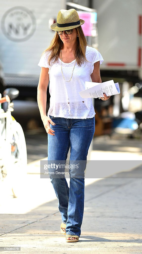 Jennifer Aniston sighted on the set of 'Squirrels to the Nuts' on July 31, 2013 in New York City.