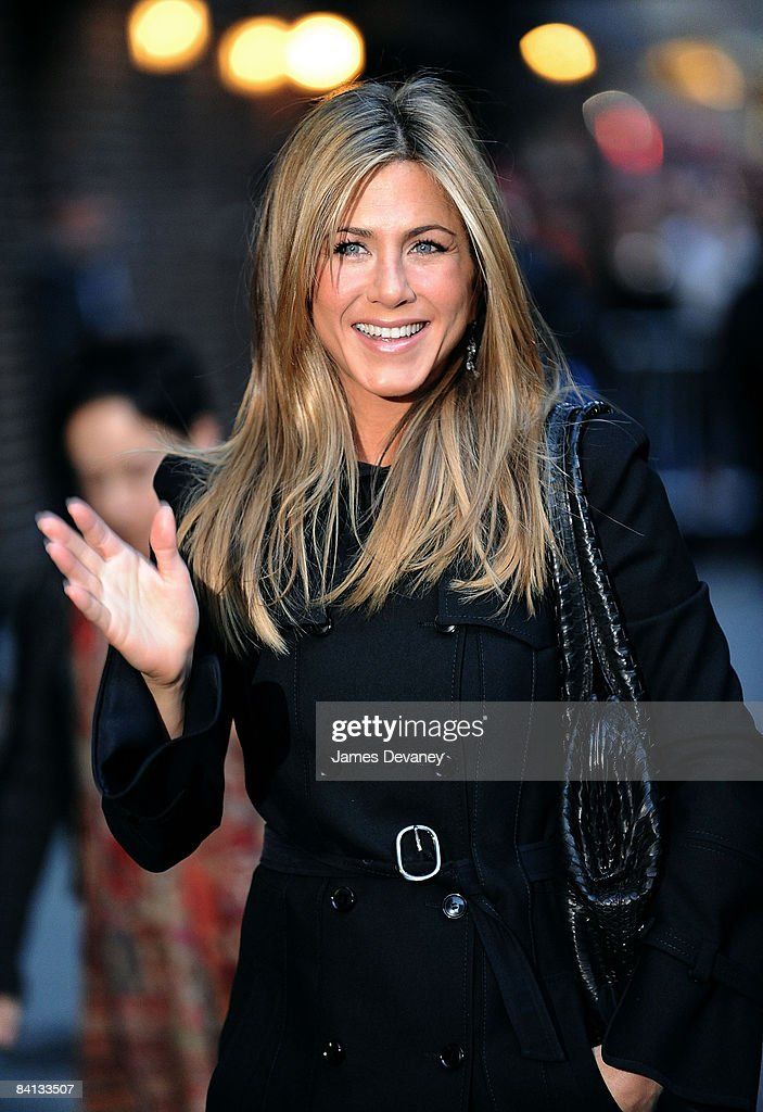 Jennifer Aniston visits 'Late Show with David Letterman' at the Ed Sullivan Theater on December 17, 2008 in New York City.