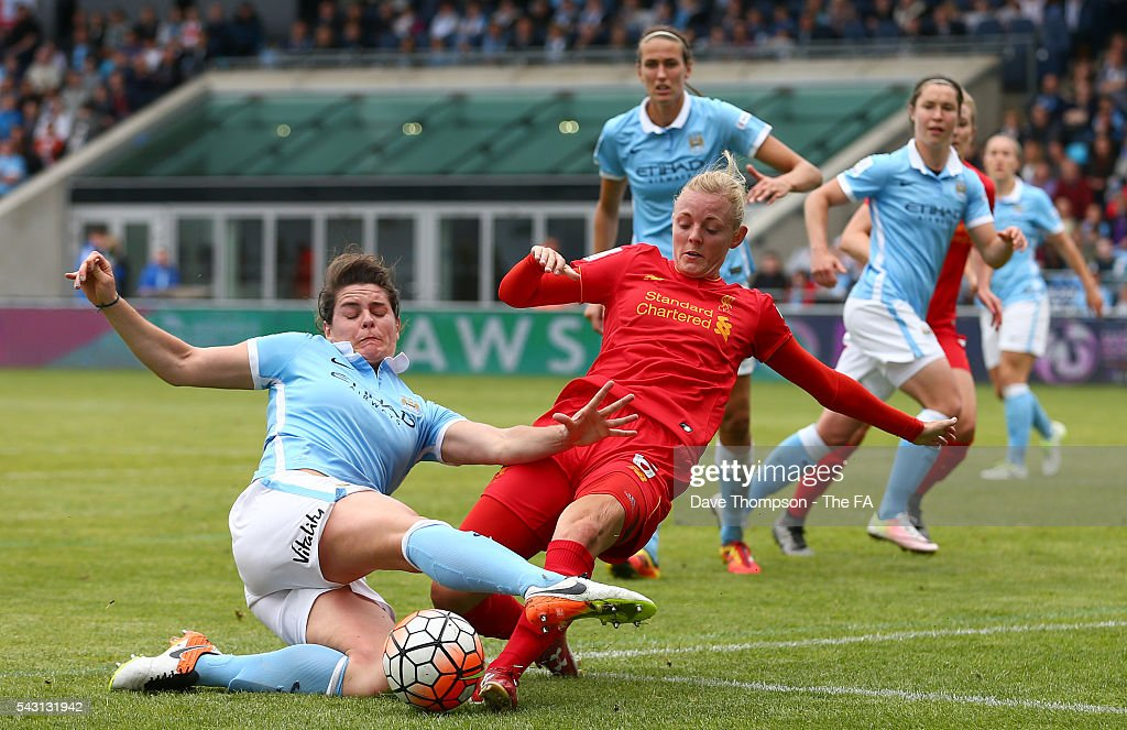 Jennifer Beattie of Manchester City Women and Sophie Ingle of Liverpool Ladies during the FA WSL match between Manchester City Women and Liverpool Ladies FC on June 26, 2016 in Manchester, England.